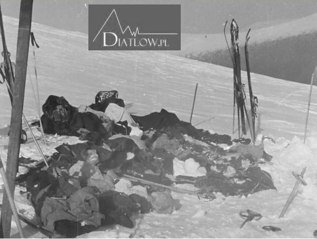 Przełęcz Diatłowa, rzeczy, miejsce