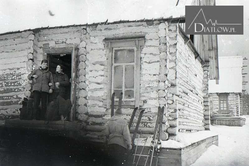 Przełęcz Diatłowa - łagry, IWDELŁAG