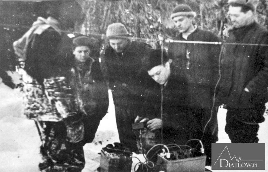 Przełęcz Diatłowa. Poszukiwania zwłok ofiar tragedii